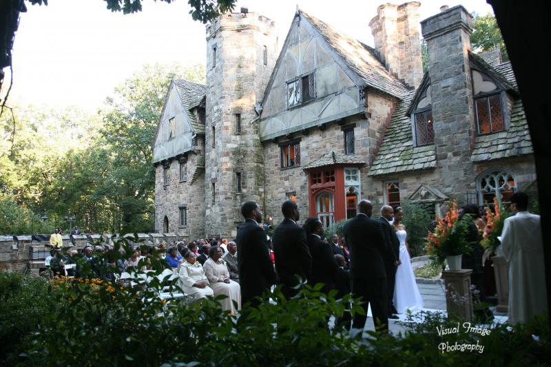 http://www.cloisterscastle.com/Ceremony%20in%20the%20Cloistered%20Garden