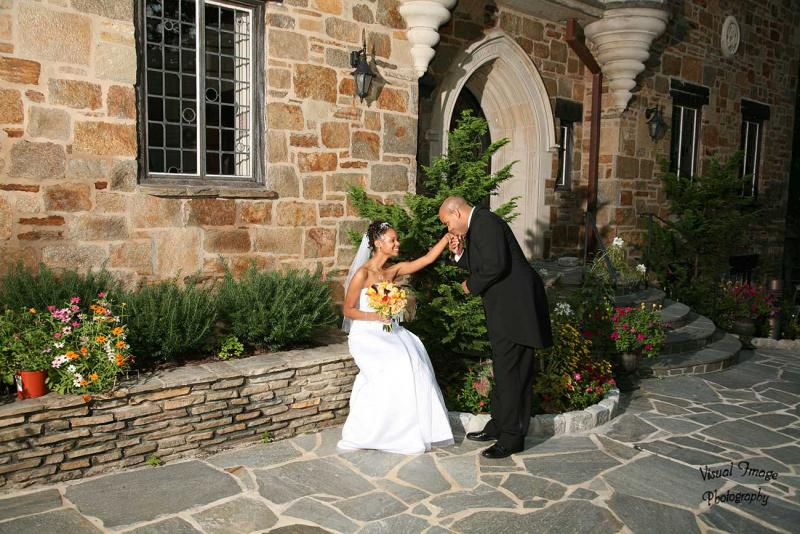 http://www.cloisterscastle.com/Husband%20kissing%20his%20wife%27s%20hand
